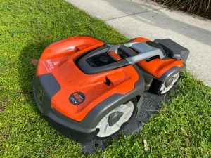 Robotic Lawn Mowers Keep Burglars Away